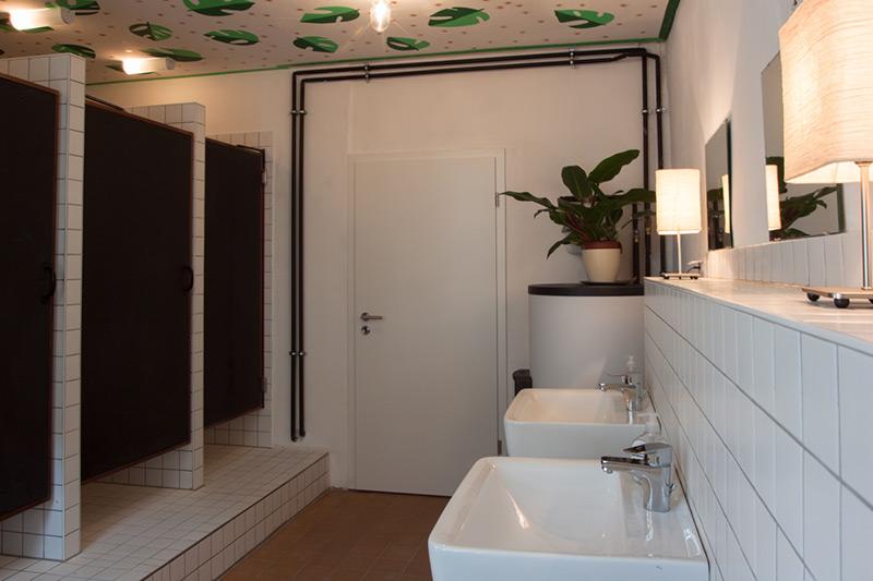hostel garten eden leipzig. Black Bedroom Furniture Sets. Home Design Ideas